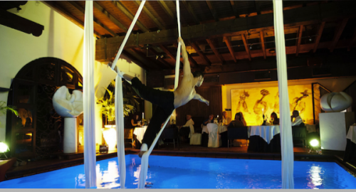 Il Bottaccio in Tuscany 5 star hotel near forte dei marmi: Restaurant dining area with indoor pool